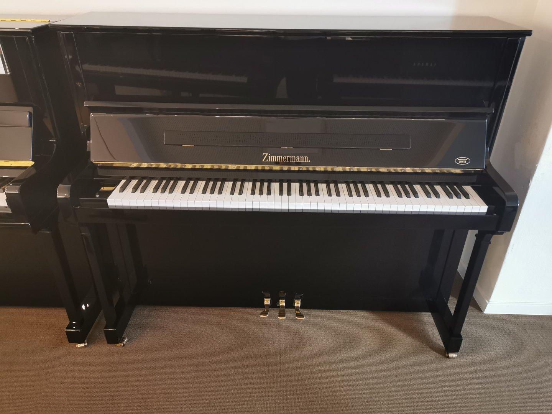 Zimmermann 125 von 1998 in Schwarz glänzend