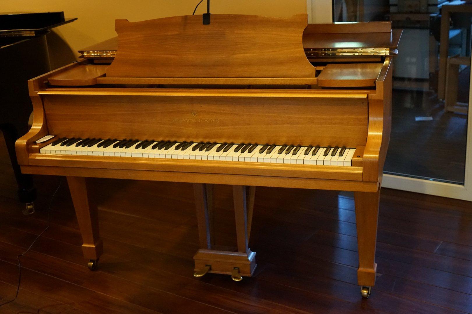 steinway sons fl gel m 170 gebraucht von piano metz. Black Bedroom Furniture Sets. Home Design Ideas